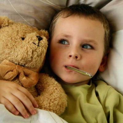 Din experiența mea cu boala GURĂ-MÂNĂ-PICIOR la copii. Lucruri pe care trebuie să le ştie orice părinte!
